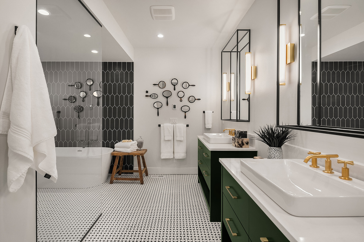 Farmhouse black and white bath.jpg