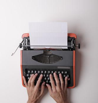 A typewriter pexels-andrea-piacquadio-3808904_edited.