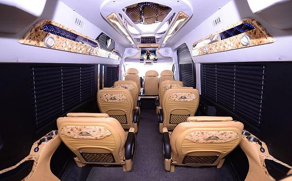 BUSINESS CLASS DCAR 10 SEATS - 12 SEATS
