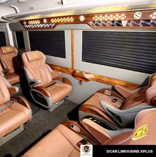 cho thuê xe limousine có ghế massage