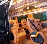 gia-thue-xe-limousine-di-tour.jpg