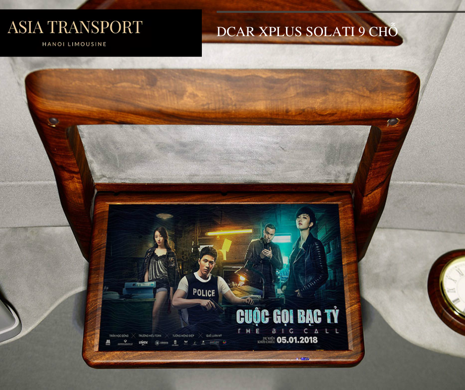 TV trên xe Dcar Solati Limousine