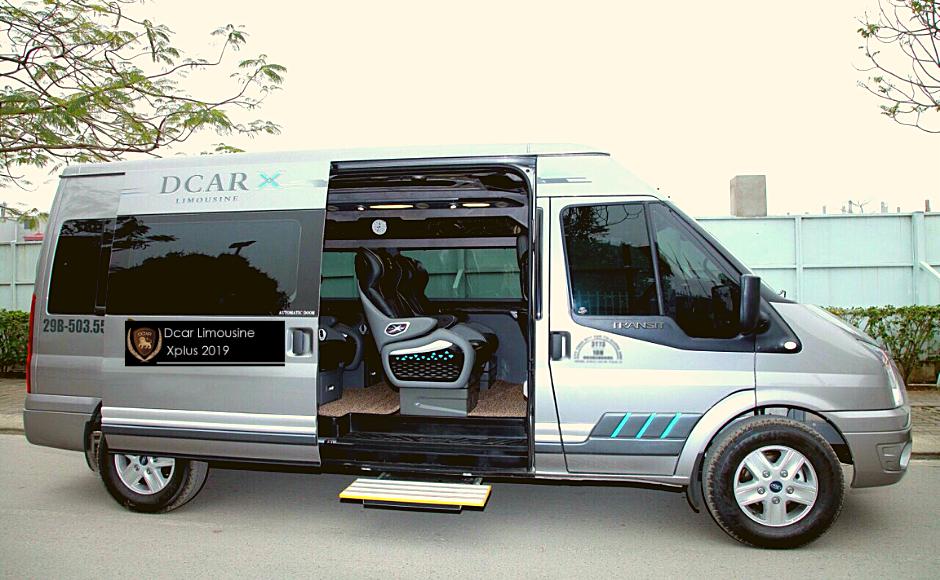gia-thue-xe-limousine-9-cho-di-vinpearl-ha-tinh.jpg