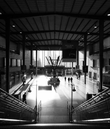 Auch historisch - die Münchner Bahnhofsvorhalle