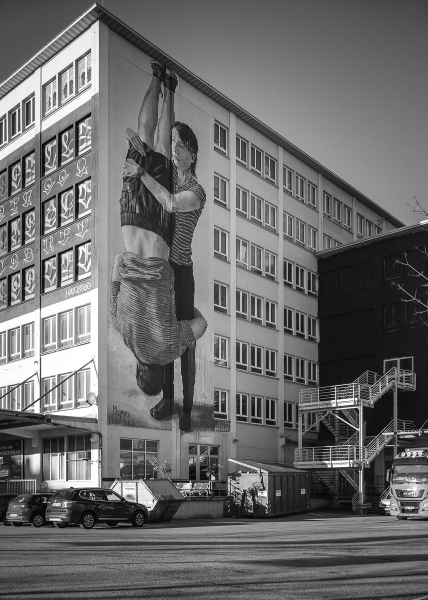 Fassade gestaltet von Fintan Magee