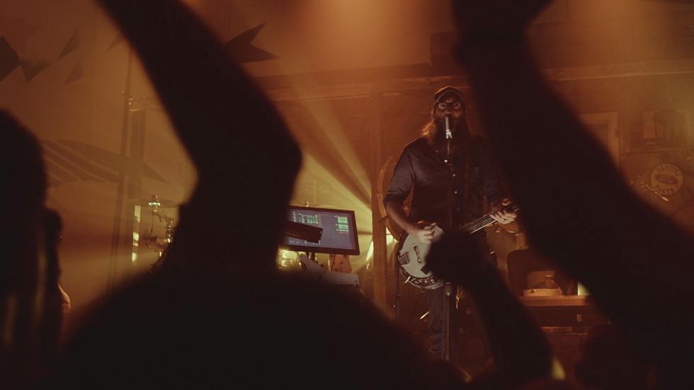 CROWDER LIVE 'Chains'