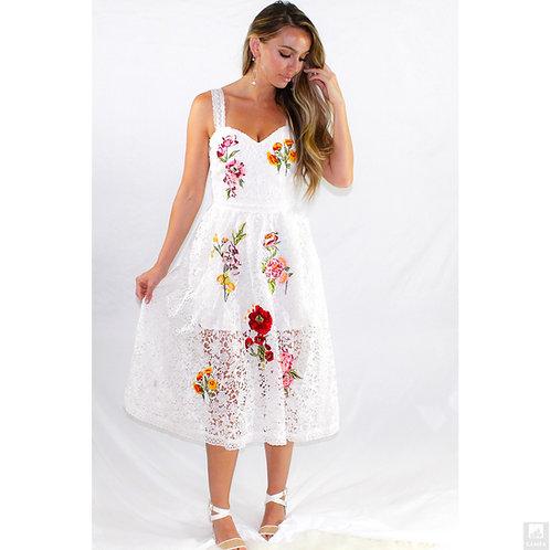 Angelic Sweetheart Midi Dress