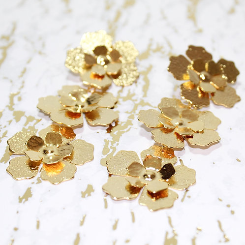 Santiago gold floral earrings