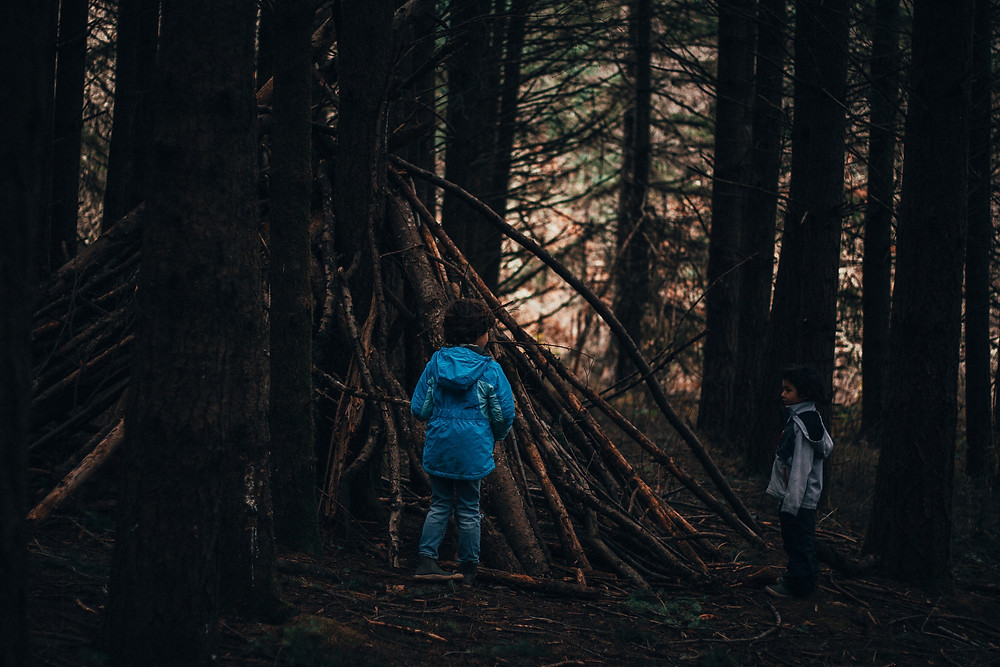 Building Outdoor Forts for Kids : Rewildhood