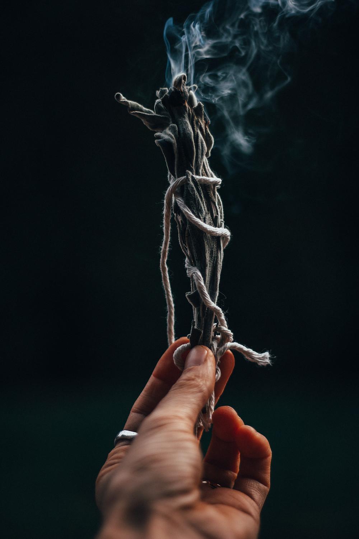 Easy DIY Smudge Sticks-Rewildhood