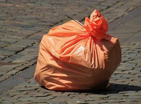 Tagga qualcuno che conosci per: Sacchetti dei rifiuti...