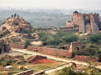 Walk to the 'Cursed Fort' of Delhi-Tughlaqabad Fort with Moby Sara Zachariah