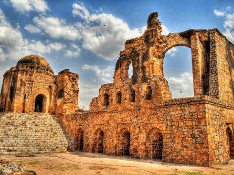 Walking Through the Ruined Past of Ferozshah Kotla with Shashank Gupta