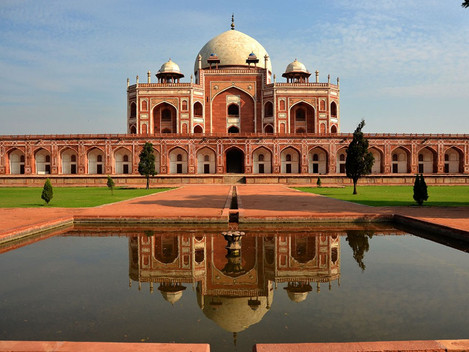 A Visit to Experience Mughal Grandeur- Humayun's Tomb Complex with Moby Sara Zachariah