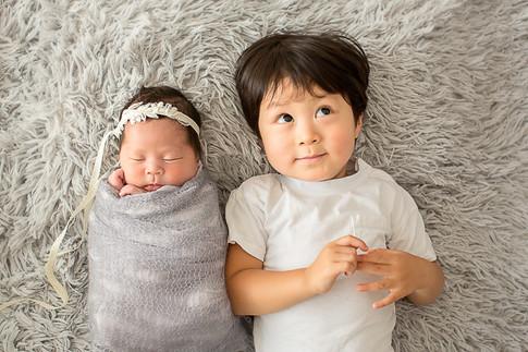 新生児フォト兄弟