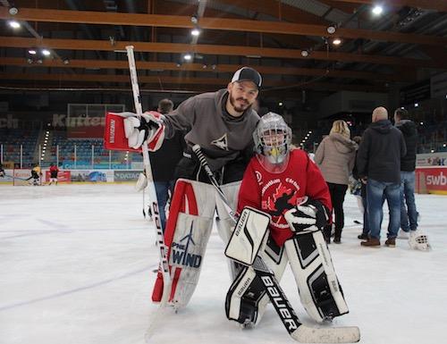 Jerry Kuhn mit Goalie Enya