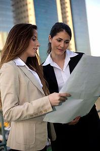 Mulheres de negócio Planejamento