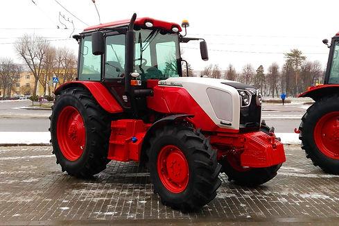 Tractor BELARUS1220.jpg