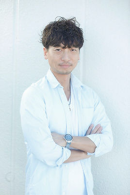 ando_profile.jpg