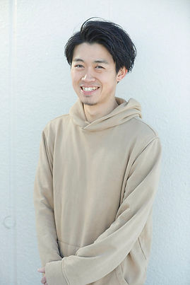 takura_profile.jpg
