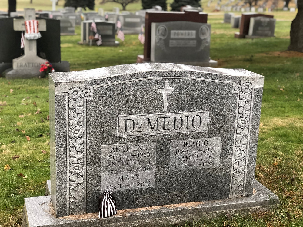 DeMedio tombstone