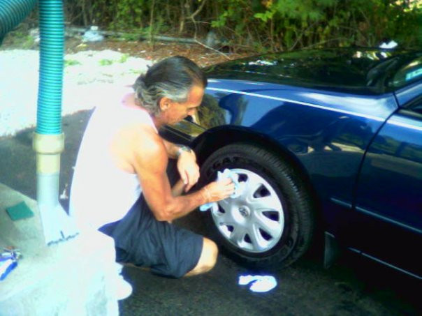 Samantha Costa's father waxing her car in 2005