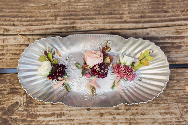 Los Angeles Wedding Florist - Boutonnieres