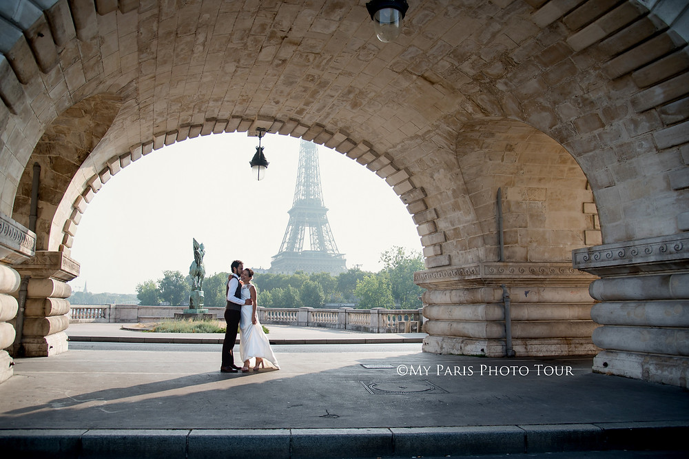 My Paris Photo Tour foto luna de miel postboda Bir Hakeim Paris fotografo español