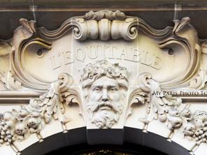5 choses curieuses pour photographier dans les façades de Paris