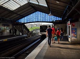 My Paris Photo Tour Ligne 6 station.jpg