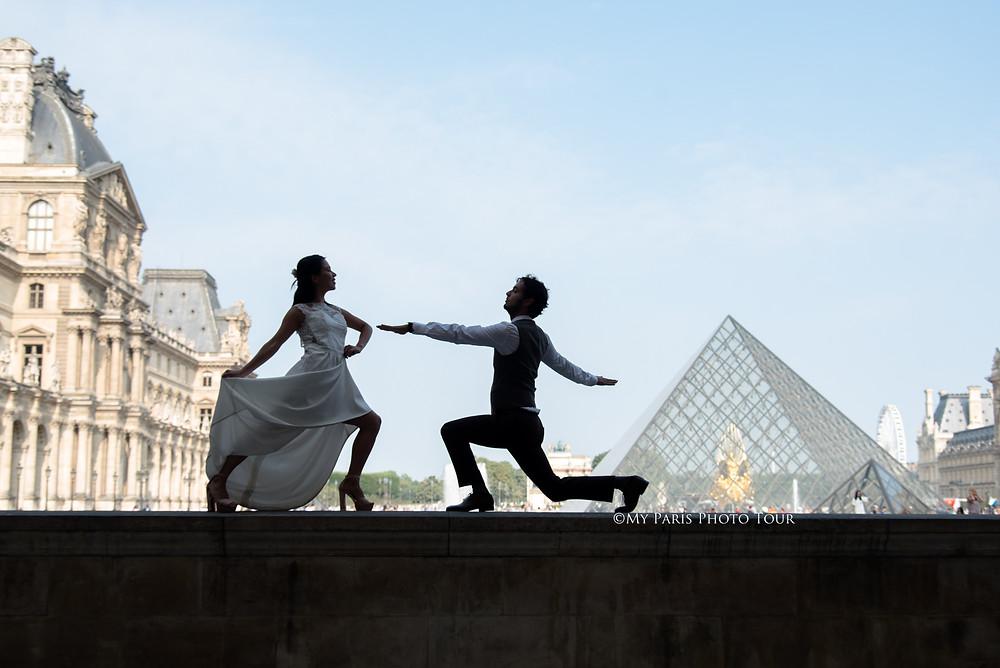 My Paris Photo Tour foto luna de miel postboda Louvre Paris fotografo español