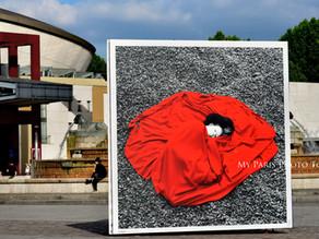 Photographier le rouge. Parc de La Villette