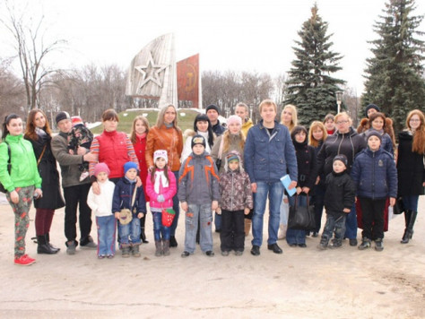 Молодежная палата организовала и провела экскурсию по Автозаводскому району для переселенцев с Украи