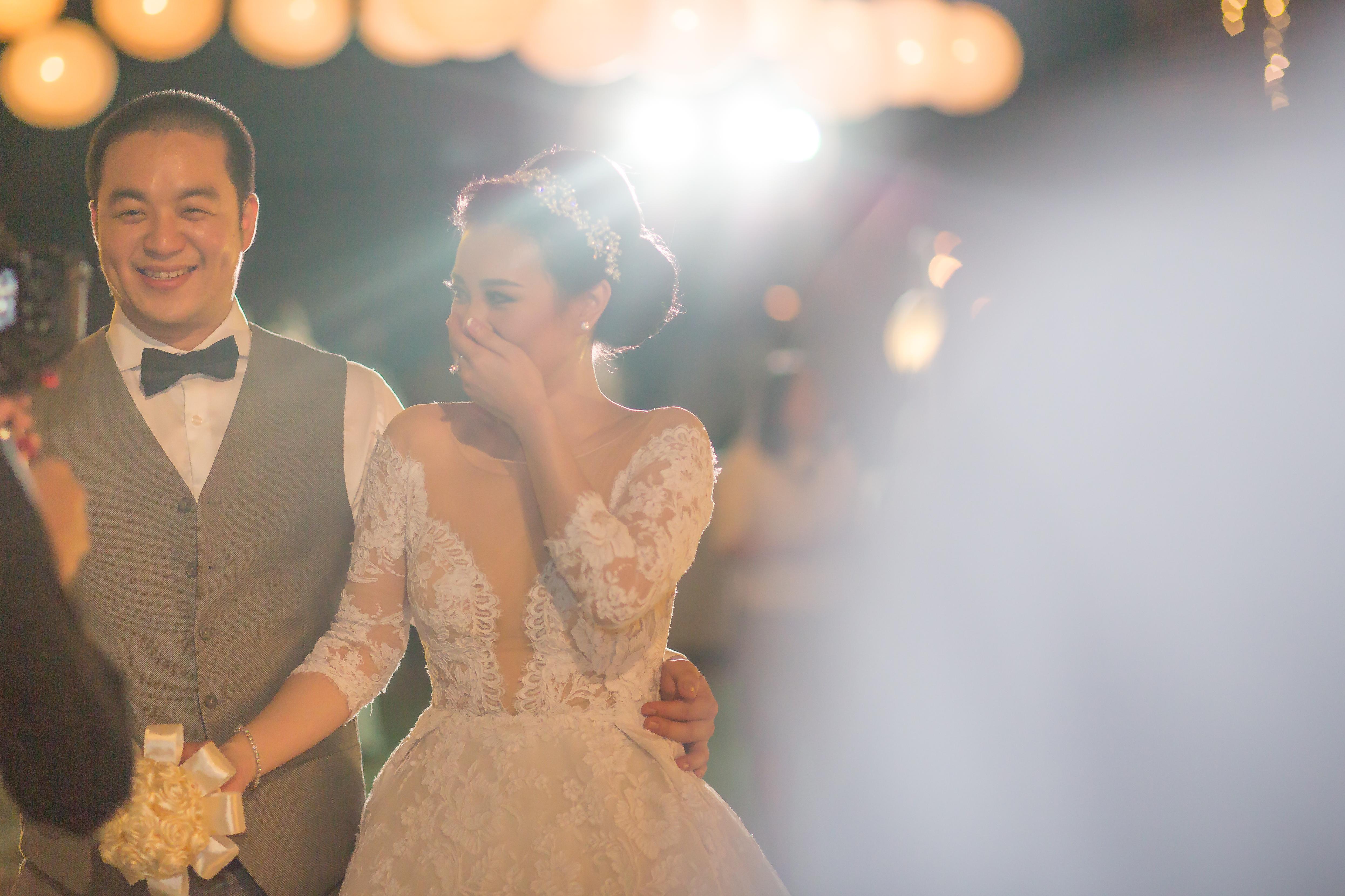 Shy Bride Bali Wedding Photo