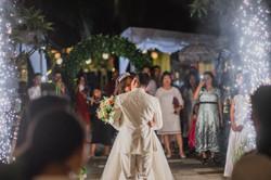 Wedding Kiss Bali Weeding Photo