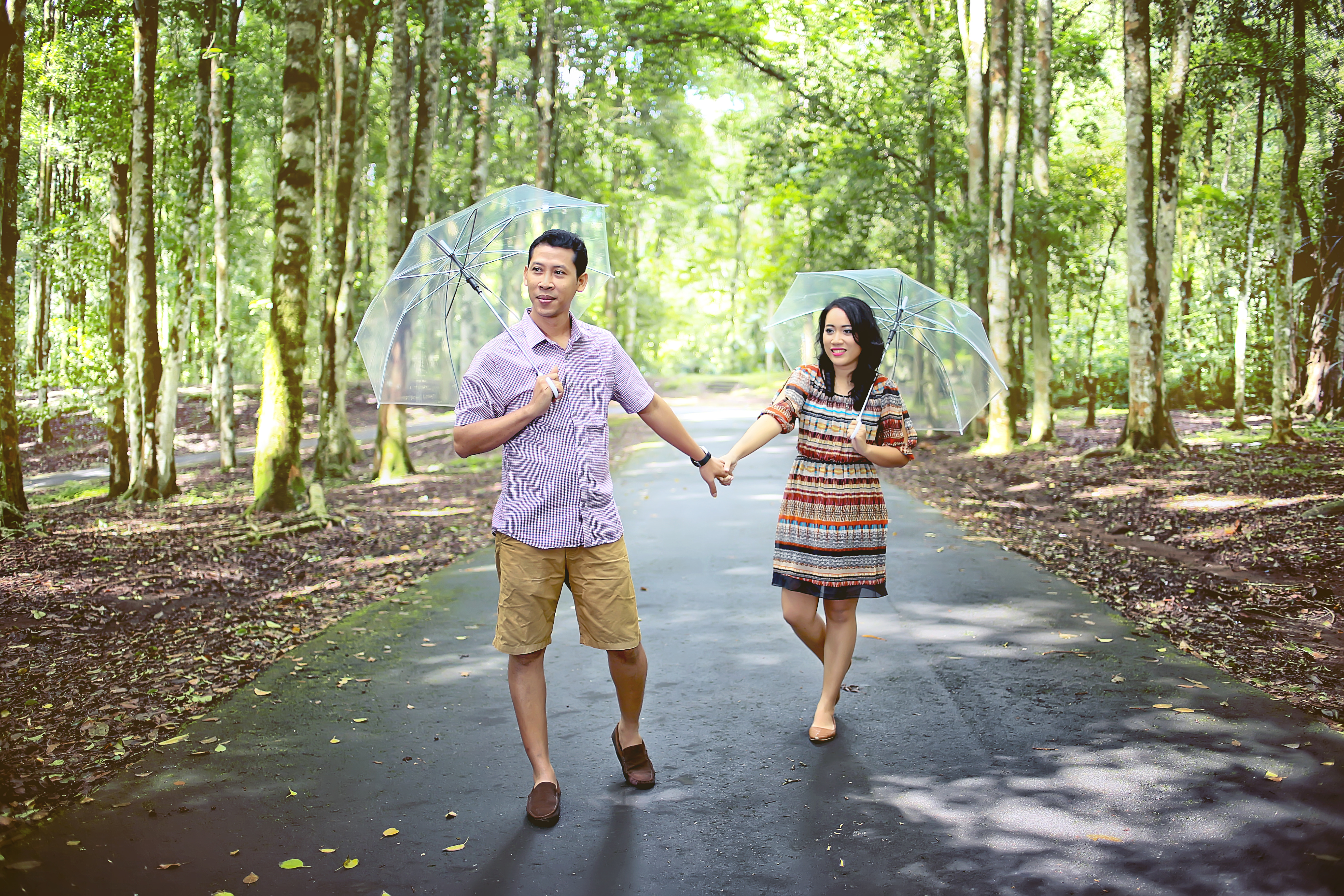 Outdoor Bali Pre-Wedding Photo