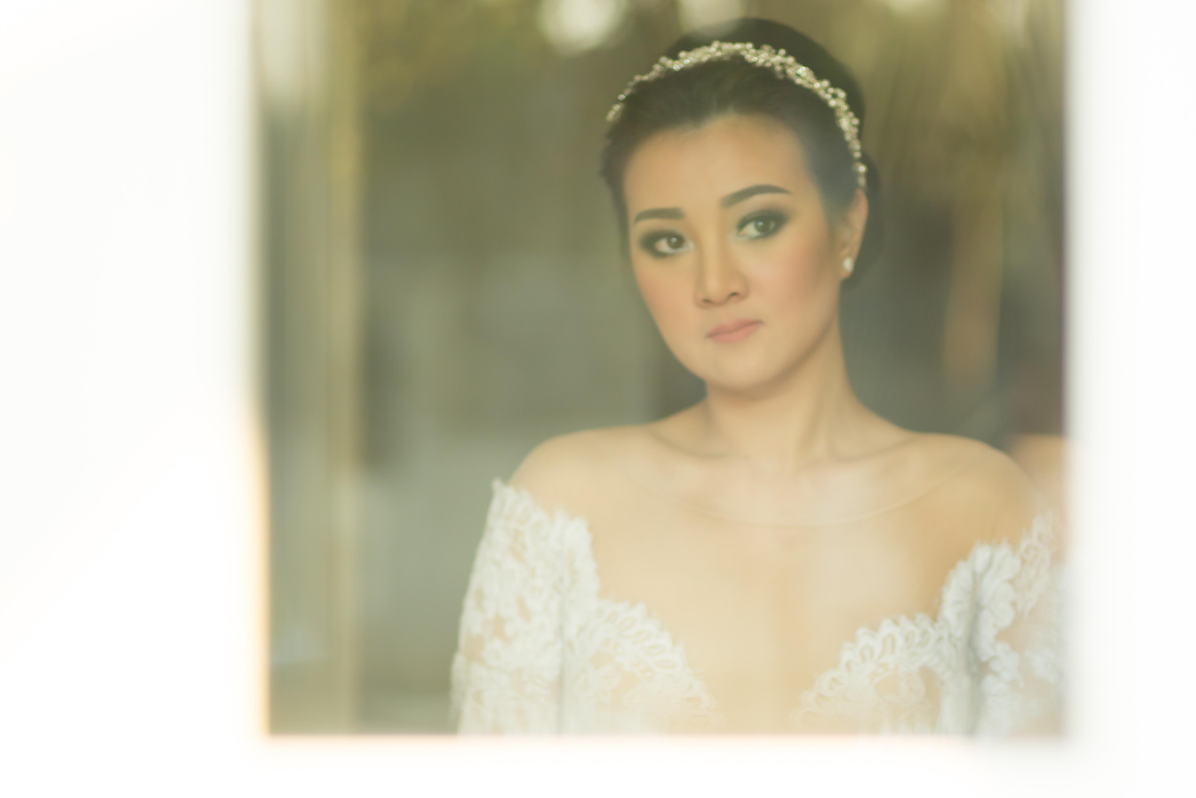 Curious Bride  Bali Wedding Photo
