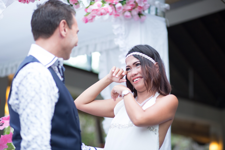 Happy Couple Bali Weeding Photo