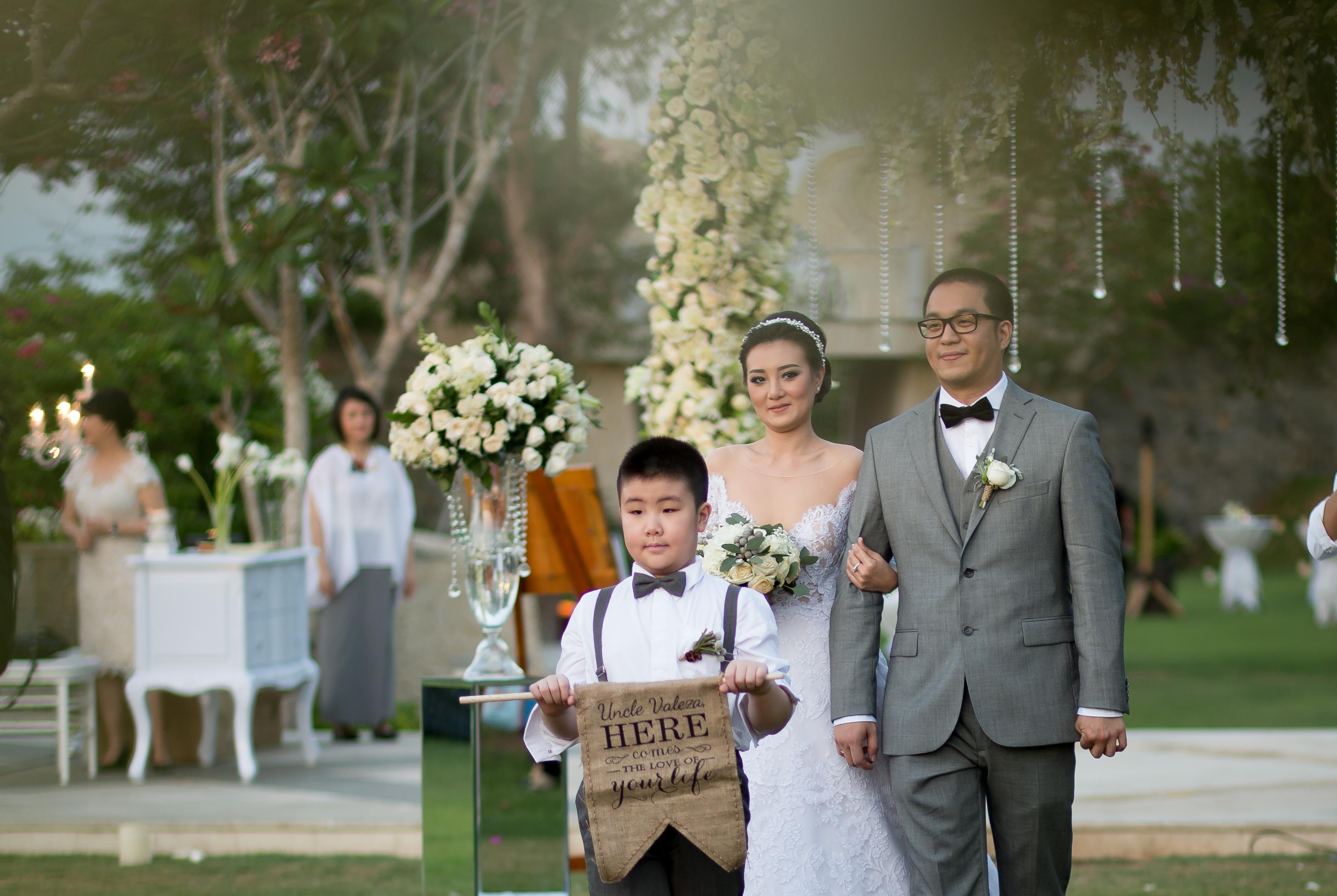 Elegant Grand Entrance Bali Wedding