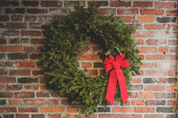 Creation of Christmas wreaths: