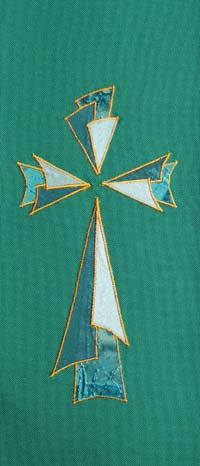 chasuble - triangular 3 layer cross