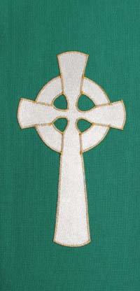 chasuble - gold celtic cross
