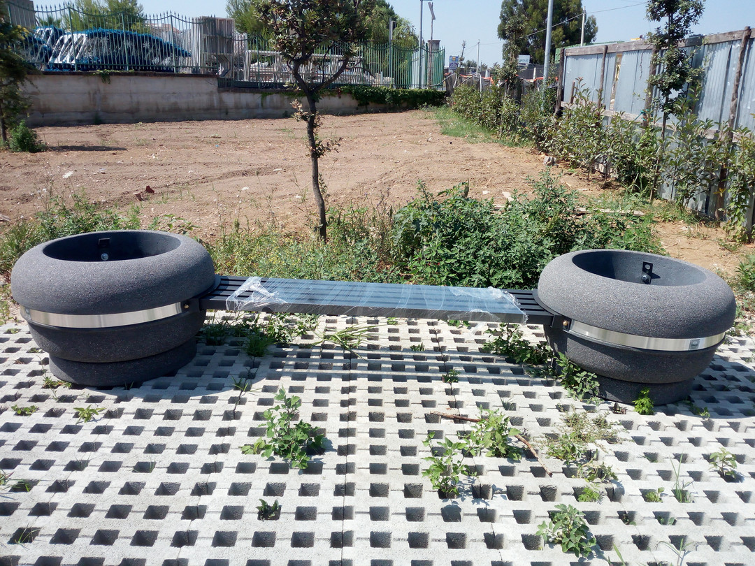 Panchina Corolla 900 tipo pietra lavica