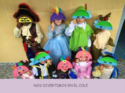 NOS DIVERTIMOS EN EL COLE.png