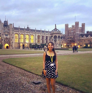 "Chilean Astronomy Student Javiera goes to Cambridge University for ""Shaping Horizons"" Program"