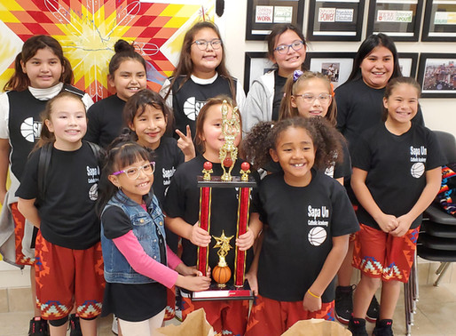 Sapa Un girls basketball team completes first season!