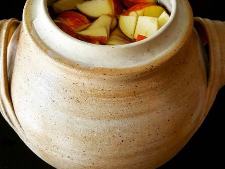 Home-made Apple vinegar for a nahua shrub