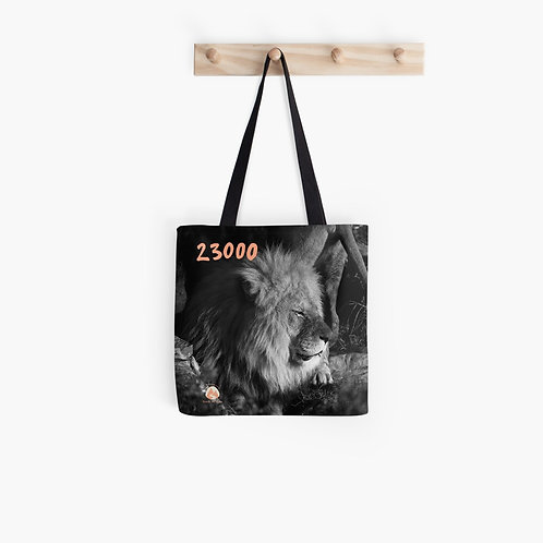 23000 Lion Tote bag