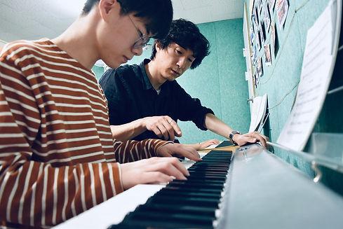 홈페이지프로필-피아노수업 - 1.jpg