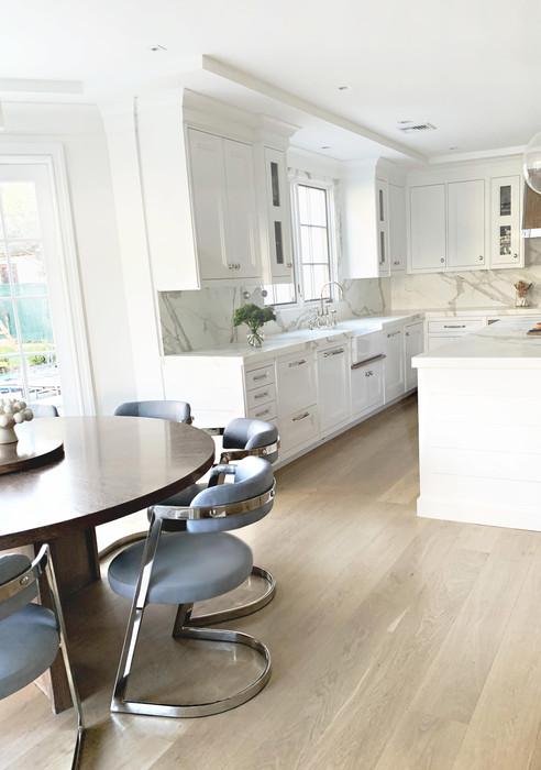 Kitchenchairsme2.jpg